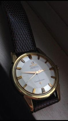 Swiss Luxury Watches, Luxury Watches For Men, Fine Watches, Cool Watches, Analog Watches, Vintage Omega, Stylish Watches, Omega Seamaster, Beautiful Watches