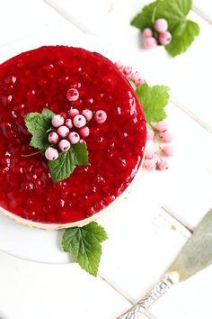 Herkullinen punaherukka-juustokakku - Suklaapossu Tex Mex, Cheesecake, Food And Drink, Fish, Meat, Cakes, Cake Makers, Cheesecakes, Pisces
