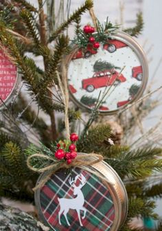 Diy christmas crafts 342695852891659407 - diy mason jar lid christmas ornaments, christmas decorations, crafts, mason jars, seasonal holiday decor Source by Noel Christmas, Diy Christmas Ornaments, Diy Christmas Gifts, Winter Christmas, Ornaments Ideas, Christmas 2019, Christmas Design, Christmas Music, Handmade Christmas