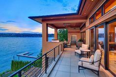 Espaces outdoor avec superbe vue sur le lac Sammamish