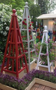 Sweet Pea Design Obelisk painted Rectory Red by Farrow & Ball, with Accoya planter beneath, on display at The Wooden Garden Obelisk Company stand in Ranelagh Gardens at RHS Chelsea Flower Show 2016 Cottage Garden Design, Cottage Garden Plants, Veg Garden, Garden Beds, Cottage Gardens, Farm Gardens, Garden Planters, Wooden Trellis, Diy Trellis