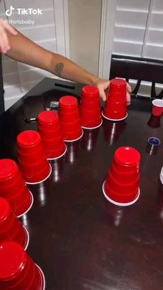 Family Party Games, Teen Party Games, Family Game Night, College Party Games, Game Party, 21st Party, 18th Birthday Party, Birthday Games, Drunk Games