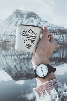 watch for her | gift idea | winter | christmas | the adventure begins | mountains | snow | explore | travel | wanderlust | fernweh | picture by christinewedberg | Pure Lux by Kapten & Son