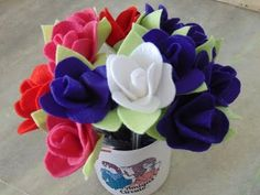 Passo a passo Caneta decorada com Rosa em feltro - YouTube
