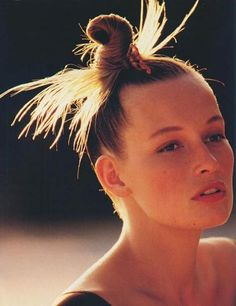 Estelle Lefébure par Gilles Bensimon pour ELLE Etats-Unis - 1989