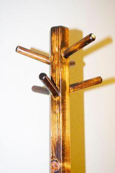 Pine Wood Hexagonal Coat Rack Stand by WoodenItLookNice on Etsy Woodworking For Dummies, Woodworking Square, Woodworking Desk Plans, Woodworking Tools For Sale, Woodworking Planes, Woodworking Videos, Coat Rack Bench, Diy Coat Rack
