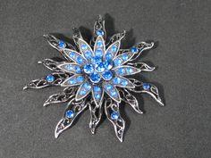 Blue Rhinestone Rhine Stone Shining Star Pin Brooch Vintage UNIQUE by HipTrends2015 on Etsy