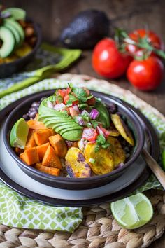 Vegan Cuban Bowl - one of my all-time favorite dinners! Brown rice, black beans…