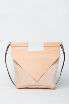 Nude Slim Bag by Chiyome