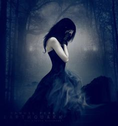 """Fallen by Lauren Kate. I'm not into the """"God"""" thing but they're still good books for people who like fantasy. Dark Gothic Art, Gothic Fantasy Art, Fantasy Kunst, Dark Beauty, Gothic Beauty, Lauren Kate, Beautiful Dark Art, Dark Pictures, Fantasy Photography"""