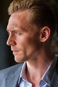 Tom Hiddleston as Jonatha Pine in The Night Manager. Full size image: http://tomhiddleston.us/gallery/albums/tv/thenightmanager/stills/1x06/011.jpg Source: http://tomhiddleston.us/gallery/thumbnails.php?album=661