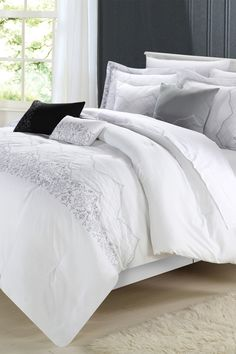 Gracia Oversized Overfilled Embroidered Bridal Collection 8-Piece Comforter Set - White