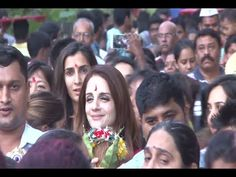 Hrithik Roshan's former wife Sussanne Khan's Ganpati Visarjan 2016 - UNCUT VIDEO.