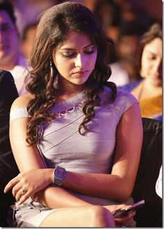 Amala Paul Hot Stills at SIIMA Awards 2012