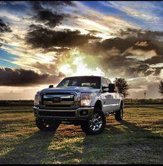 Ford F-350...YES please #diesels #trucks #black #lifted #dodge #ford #gmc #chevy #cummins #powerstroke #duramax #diesel #truck #dieseltrucks #dieselsellerz #dieselpowergear #power #turbo