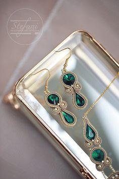 Imitation Jewelry Stores Near Me or Jewellery Gold Near Me Soutache Earrings, Emerald Earrings, Green Earrings, Etsy Earrings, Drop Earrings, Filigree Earrings, Bridal Jewelry, Beaded Jewelry, Handmade Jewelry