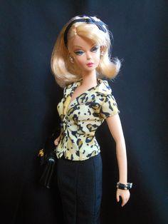 https://flic.kr/p/XtcQPo   Preferably Pink wearing Charlotte Olympia Blouse   Handbag is from B&W Tweed Suit Slkstone