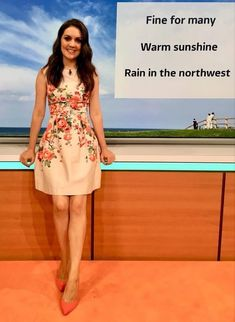 Itv Weather Girl, Smile Pictures, Good Morning Britain, Very Lovely, Beautiful, Tv Presenters, Keira Knightley, Make Me Smile, Summer Dresses