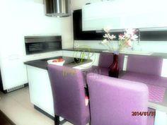 kuchyna s obyvackou v jednej izbe v malom byte - Hľadať Googlom