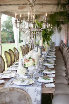 Beautiful Table romantic and chic