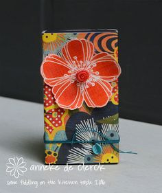 Some fiddling on the kitchen table: Matchboxes #1