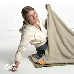 Looking for nature? Why sleep in chemicals? The Yukon organic hemp sleeping bag is BPA-, PVC- & nylon-free. Just animal-friendly organic hemp for a happy camper. Vegan Fashion, Ethical Fashion, Fashion Brands, Cannabis Growing, Marijuana Plants, Grow Your Own, Knitted Blankets, Happy Campers, Cozy Sweaters