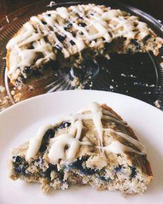 """1,721 Likes, 27 Comments - Simply Taralynn 💁🏻 (@taralynnmcnitt) on Instagram: """"Sunday morning blog ☕️👩🏻💻 Gluten free blueberry oat breakfast cake recipe! . . #baking #recipes…"""""""