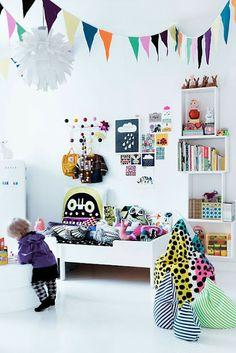 Scandinavian minimalism white color splash graphic design girls room bean bag Eames Hang It All