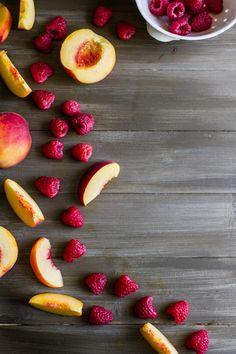 Frutas | Pêssego e framboesa