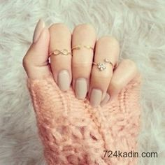 Nail art rings are the perfect complement to nail design. You can create it yourself you match them with your nail art. Use our nail art rings ideas and create the loveliest works of art. Cute Rings, Small Rings, Unique Rings, Bow Rings, Pinky Rings, Delicate Rings, Mid Finger Rings, Nail Ring, Knuckle Rings
