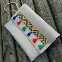 This Pin was discovered by Seb Embroidery Bags, Cross Stitch Embroidery, Embroidery Patterns, Crochet Patterns, Cross Stitch Designs, Cross Stitch Patterns, Sewing Crafts, Sewing Projects, Bow Clutch