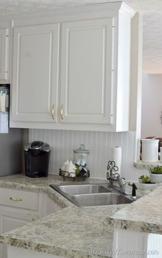 Wondrous Useful Tips: Faux Wainscoting Dining Room wainscoting beadboard kitchen cabinets. Wainscoting Height, Black Wainscoting, Wainscoting Bedroom, Dining Room Wainscoting, Wainscoting Styles, Wainscoting Panels, Painted Wainscoting, White Beadboard, Kitchen Redo