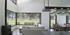 Casa CL:  Living, comedor y cocina integrados.