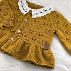 Kids Knitting Patterns, Knitting For Kids, Crochet Baby, Knit Crochet, Baby Girl Fashion, Crochet Designs, Baby Wearing, Baby Dress, Mantel