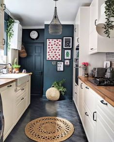 Snug galley kitchen with a strategic splash of color. Let us see Small Kitchen I… Snug galley kitchen with a strategic splash of color. Let us see Small Kitchen Ideas and Designs. Kitchen On A Budget, Home Decor Kitchen, Diy Kitchen, Kitchen Interior, Kitchen Cabinets, Kitchen Ideas, Awesome Kitchen, Soapstone Kitchen, Kitchen Redesign Ideas