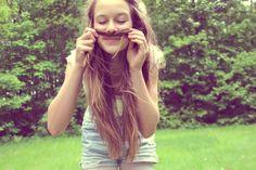 Resultados de la Búsqueda de imágenes de Google de http://s3.favim.com/orig/46/girl-hair-mustache-nature-vintage-Favim.com-418757.jpg
