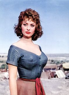italiano ~ il mio stile on Pinterest | Sophia Loren, Vespa ...