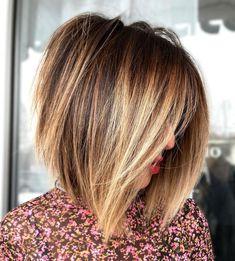 Dark Brown Hair With Blonde Highlights, Hair Highlights, Blond Brown Hair, Dark Brown Lob, Blonde Highlights Bob Haircut, Short Dark Hair, Baylage Short Hair, Color For Short Hair, Ombre Bob Hair