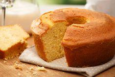 Bolo Vegan, Vegan Cake, Food Cakes, Hot Milk Cake, Bulgarian Recipes, Gluten Free Cakes, Desert Recipes, Sin Gluten, Bread Baking