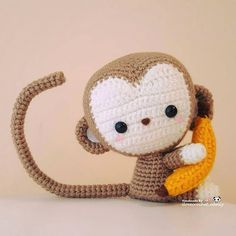 Tada! Here's my kawaii baby monkey Kiko. Thank you so much Stephanie @allaboutami for the lovely pattern. l had so much fun making adorable Kiko and truly enjoyed working through the detailed pattern. Can't wait to work on your other patterns as well ~ oops my list-to-do seem to get longer and longer each day