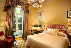 WIN A FREE 2-NIGHT STAY AT THE PRESTIGIOUS HOTEL GRANDE BRETAGNE FOR 2 PERSONS