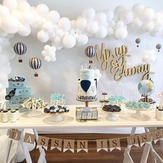 Up Up and away Sweet Hot air ballon baby shower theme. Up Up and away Baby Boy 1st Birthday, Boy Birthday Parties, 1st Birthday Decorations Boy, 1st Birthday Party Ideas For Boys, Unique Baby Shower Themes, Travel Baby Showers, Gender Neutral Baby Shower, Baby Shower Balloons, First Birthdays