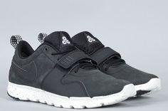 Nike SB Trainerendor Black