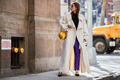 The Best Street Style Moments From New York Fashion Week Fall 2018 New York Fashion, Star Fashion, Fashion Art, High Fashion, Street Style 2018, New York Street Style, New Yorker Mode, Elle Fanning, Men Street