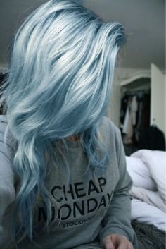 this color reminds me of cotton candy,and i love cotton candy!