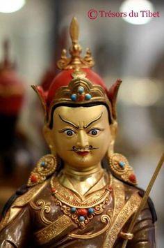 Guru Rinpoche ( 36cm )   Trésors du Tibet