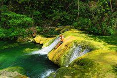 Mele Cascades