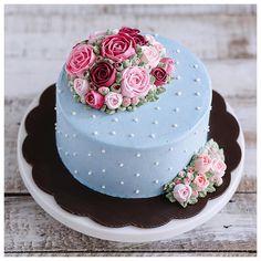 Wedding cake Birthday Cake Roses, Make Birthday Cake, Birthday Cakes For Women, Pretty Cakes, Beautiful Cakes, Amazing Cakes, Buttercream Cake, Fondant Cakes, Chocolate Anniversary Cake