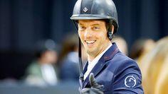 Harrie Smolders, de nieuwe nummer één van de wereldranglijst. (Foto: VI Images) Equestrian Fashion, Equestrian Style, Holland, Baseball Hats, Horses, The Nederlands, Baseball Caps, The Netherlands, Caps Hats