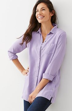"Tencel® side-buttoned tunic. Details style no.W6038C     Incredibly soft and comfortable, our woven tunic has buttons at the side seams that can be opened to create vents. Button front. Left patch pocket. Back yoke. Trocas-shell buttons.          Thigh length: M 30½"", P 28½"", W 32"", T 32½""         Long sleeves         Front closure         100% Tencel® lyocell woven         Machine wash, tumble dry, low"